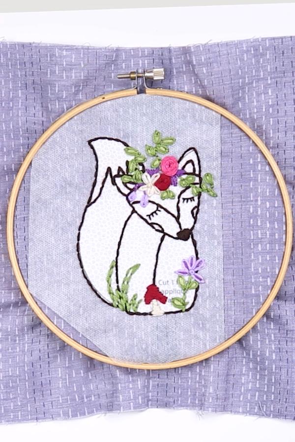 Fox Embroidery Hoop Tutorial
