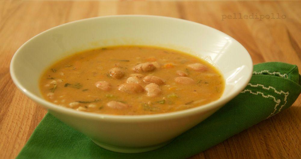 Minestra di fagioli e farro... semplice e saporita, con ricetta vegana!