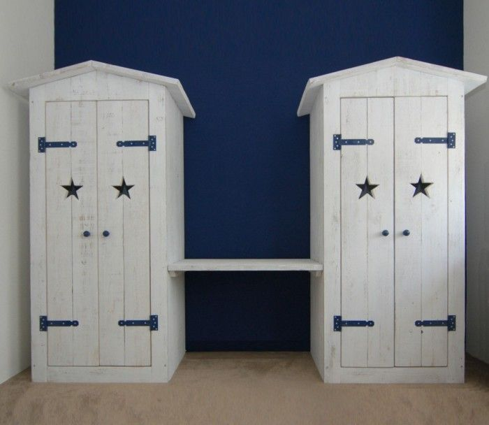 stoer dubbele kledingkast in old-look whitewash steigerhout met, Deco ideeën