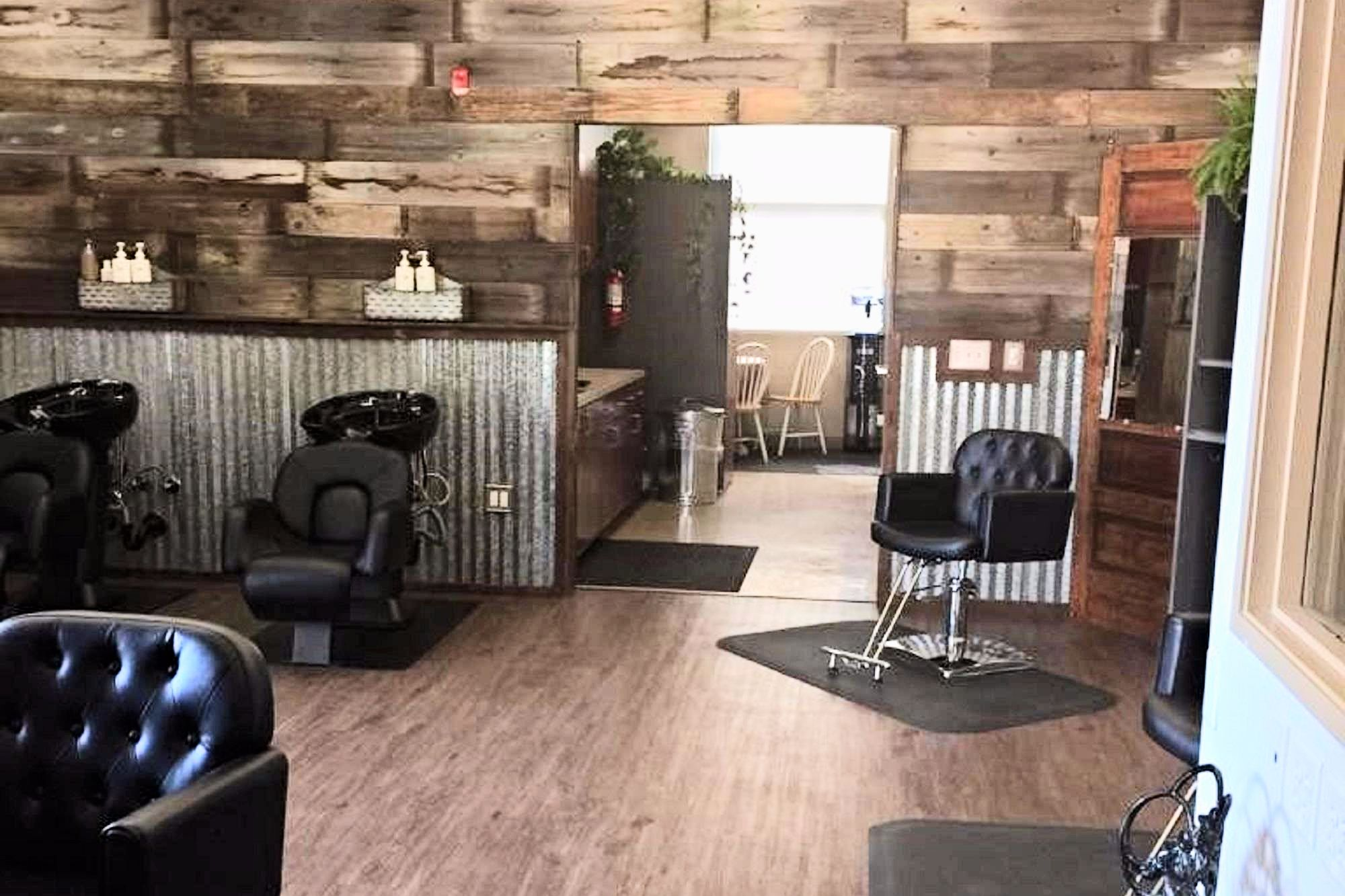 Rustic Rae S Hair Salon In Turlock Ca Vagaro Hair Salon Decor Salon Decor Studio Rustic Salon