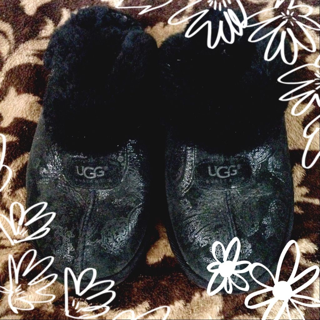 Ugg Black Coquette With Silver Paisley Design