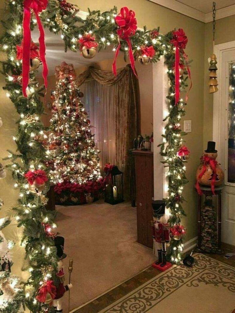 20 Fantastic Indoor Christmas Decoration Ideas Trenduhome Diy Christmas Decorations Easy Classy Christmas Classy Christmas Decor