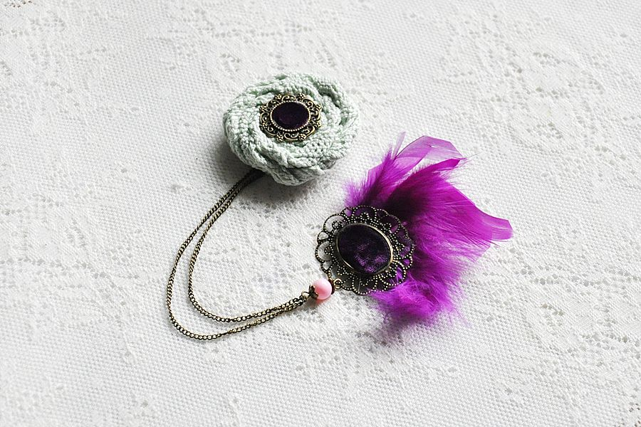mint green and fuchsia special & chic brooch
