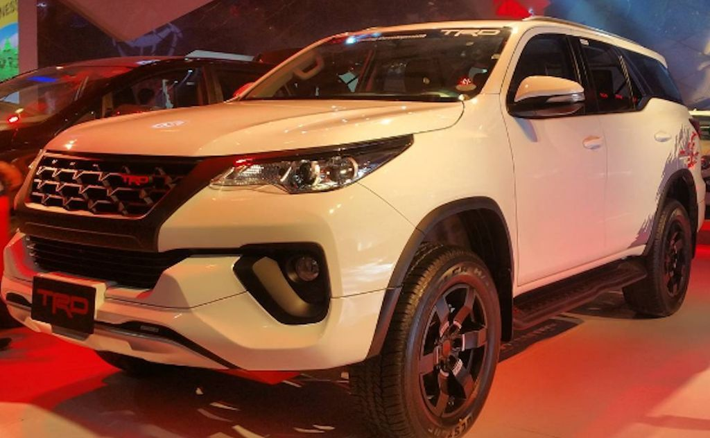 Toyota Motor Philippines Introduces Hilux Trd And Fortuner Trd W