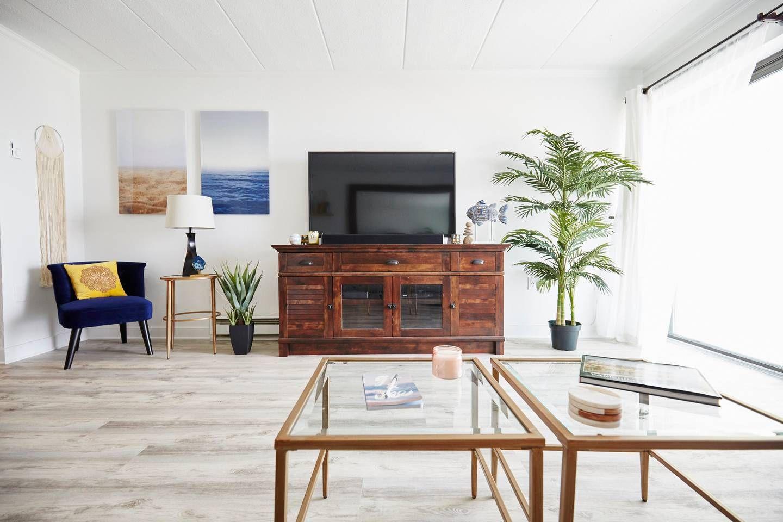Living Room Oceanfront condo, Ocean city, Oceanfront