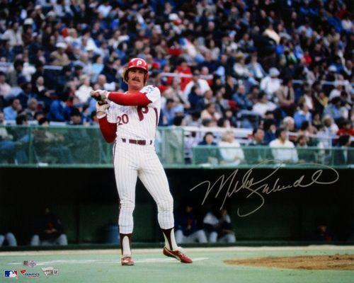Mike Schmidt Signed Philadelphia Phillies 16x20 On Deck Circle Photo Fanatics Philadelphia Phillies Phillies Baseball Highlights