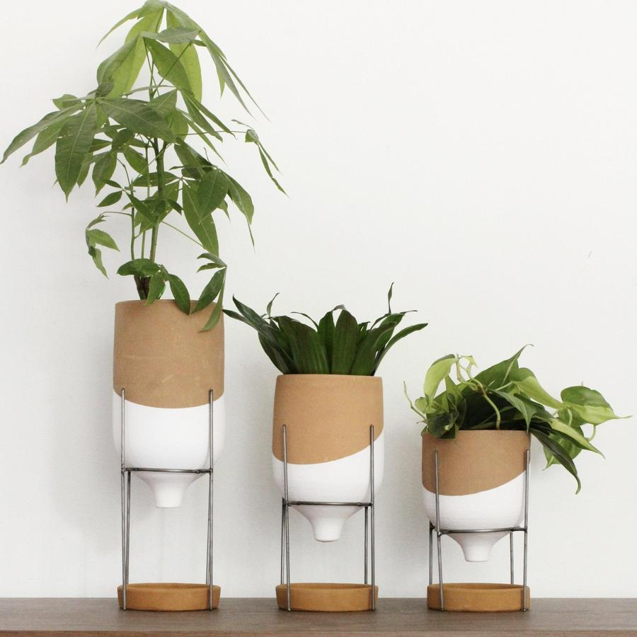 Tabletop Funnel Pot Trio on Wire Stands Set of 3