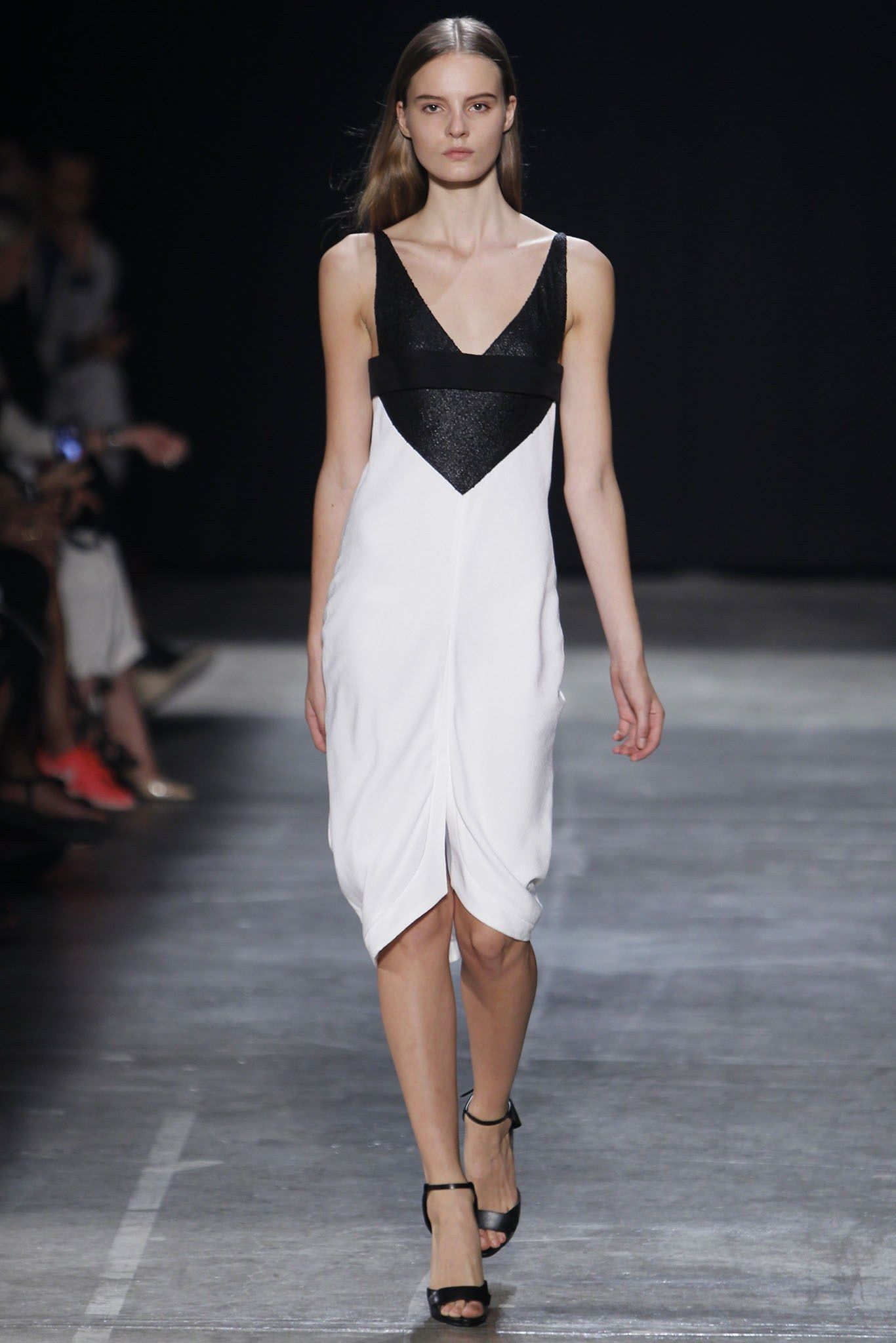 dca8c29b369 Narciso Rodriguez Spring 2013 Ready-to-Wear Fashion Show in 2019 ...