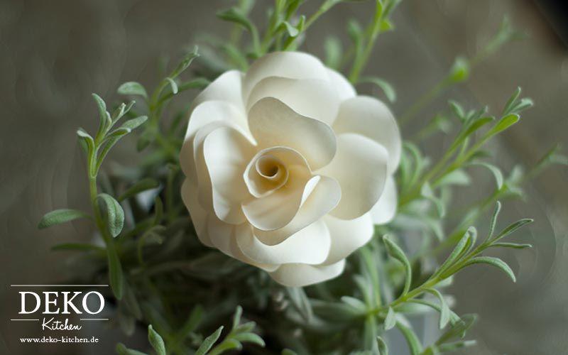 Diy Romantische Rosenbluten Aus Papier Fur Tischdeko Oder