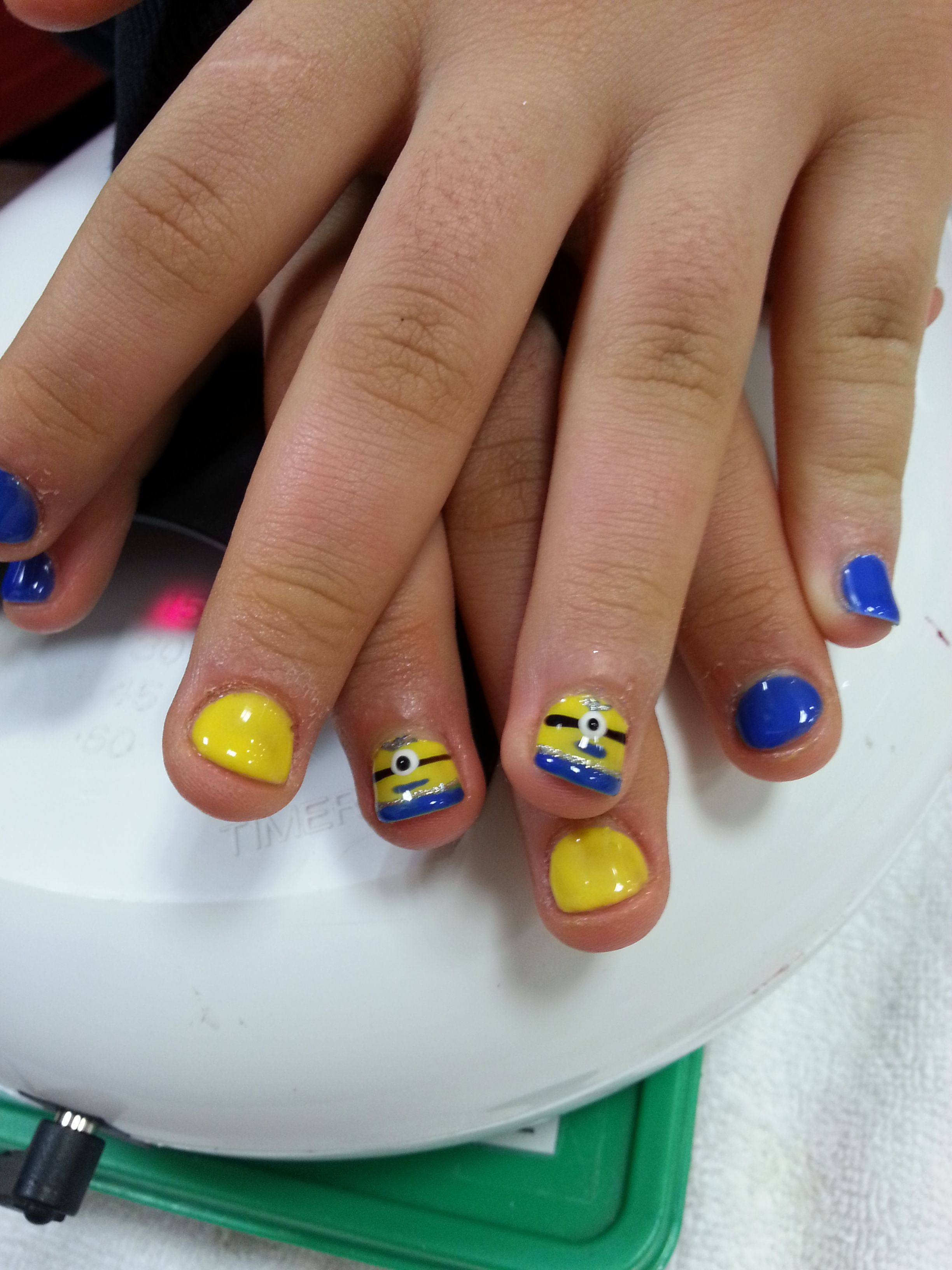 Minion Nails! Kids gel nail with design. minion