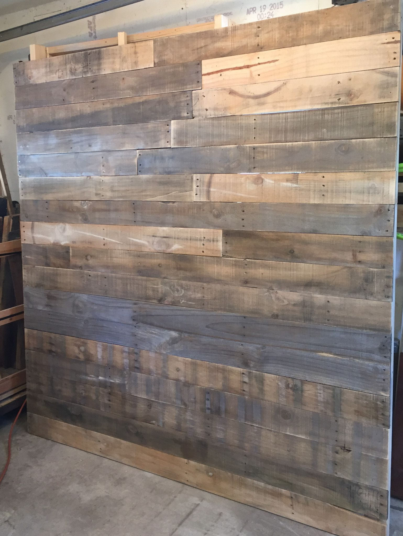 Staggered Pallet Headboard (king size) \