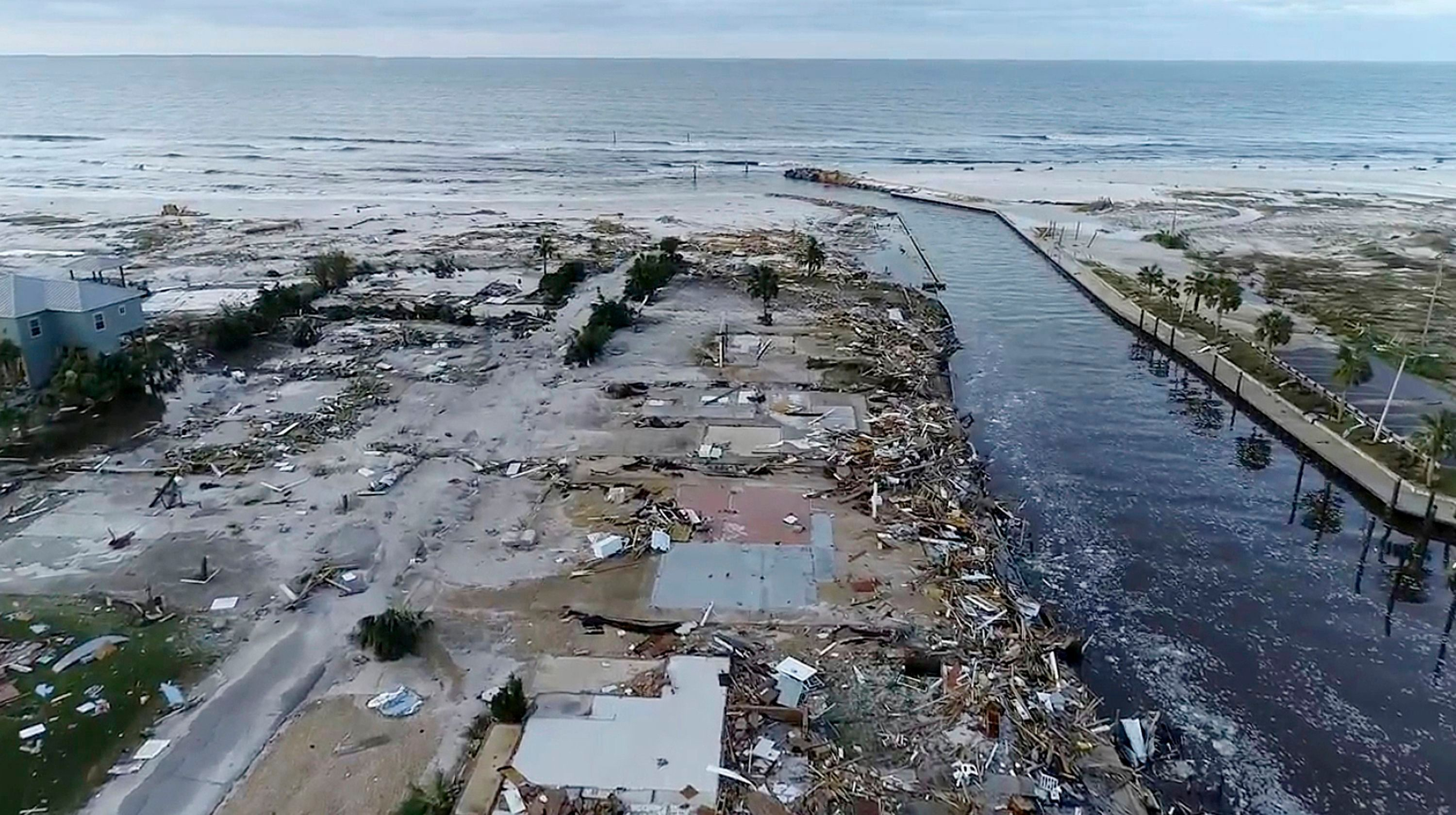 20 People Found Safe In Town Where Hurricane Michael Made Landfall As Aerial Footage Shows Unimaginable Destruction With Images Mexico Beach Mexico Beach Florida Aerial Footage
