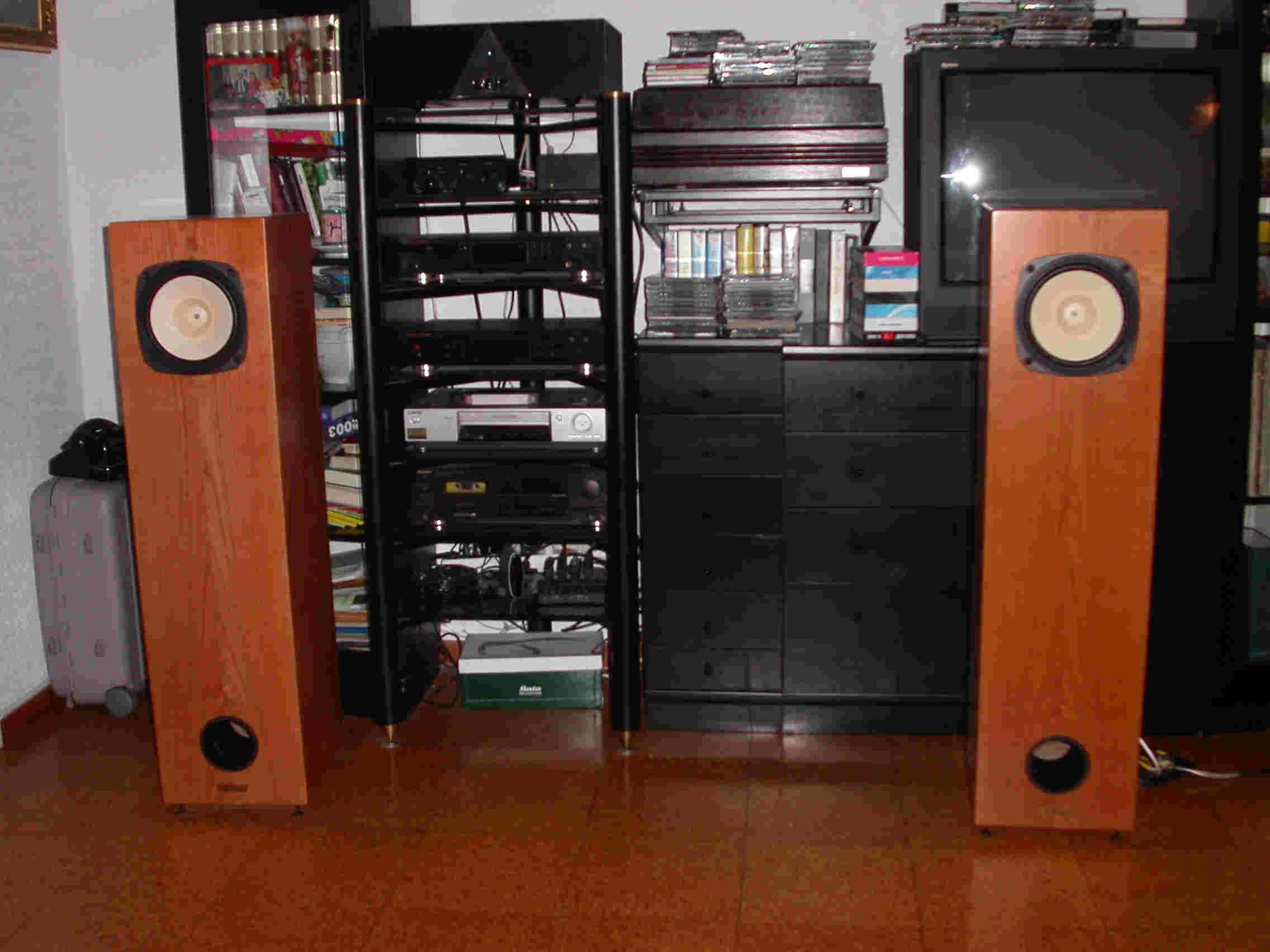 Quarter Wavelength Loudspeaker Design Gallery (With images