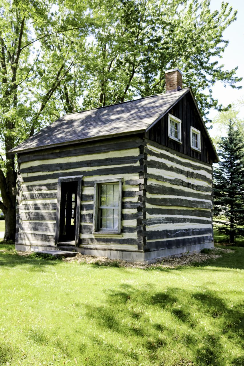 Moughler Log Cabin Also Sits On The Pearson House Museum Complex And Like Ellis School Was Moved To This Site By House Museum House Styles Historical Society