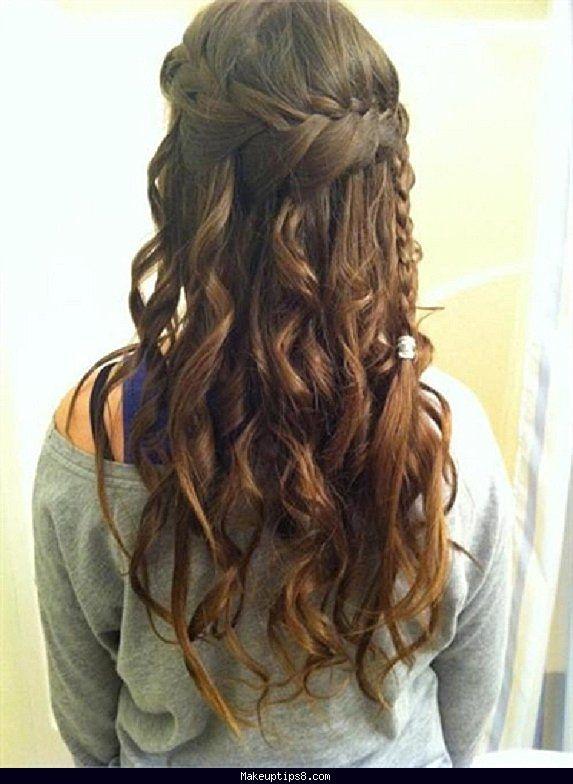 Pin By Serkan 199 Eşmeciler On My News Hair Styles Curly