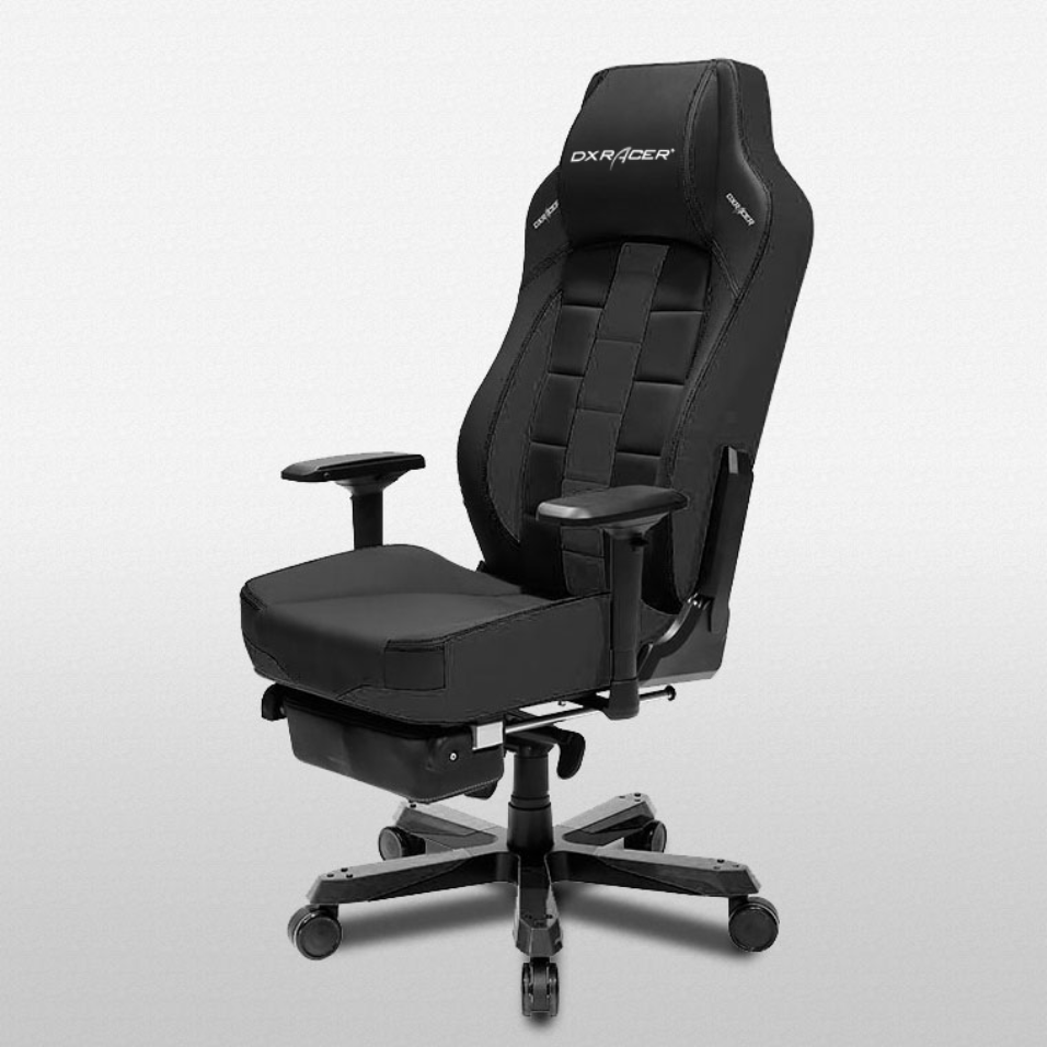 Dxracer office chair classic in black or black and red
