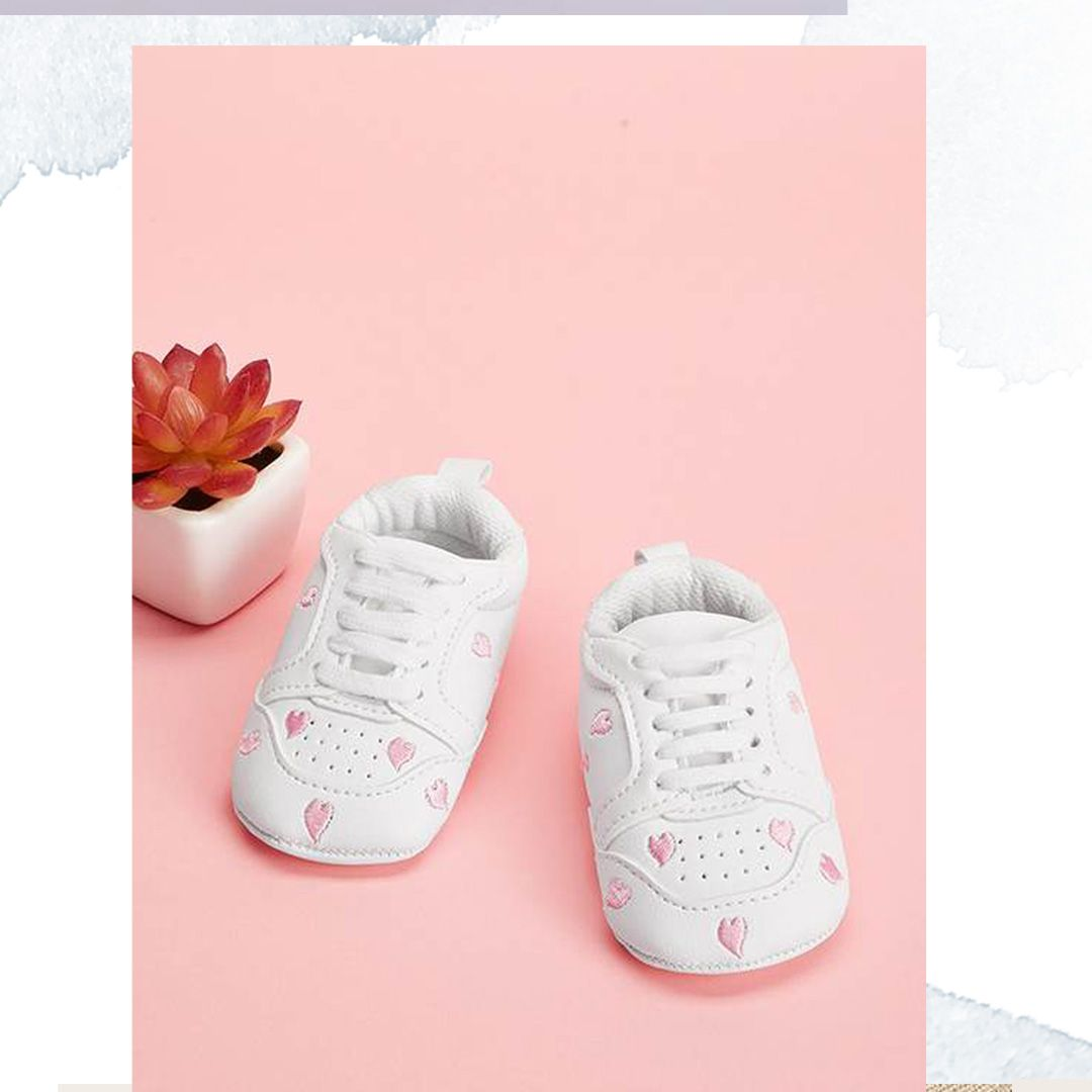 Baby Heart Embroidery Sneakers Broderi joggesko, Baby  Embroidery sneakers, Baby