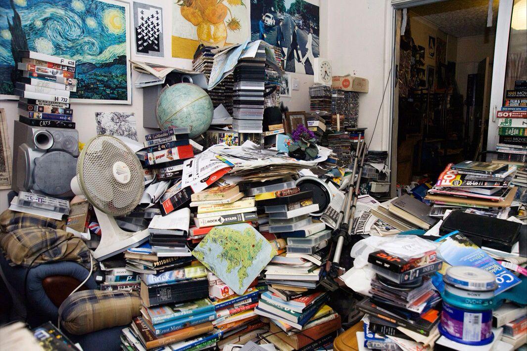 Hoarding (With images) | Compulsive hoarding, Hoarding, Hoarder