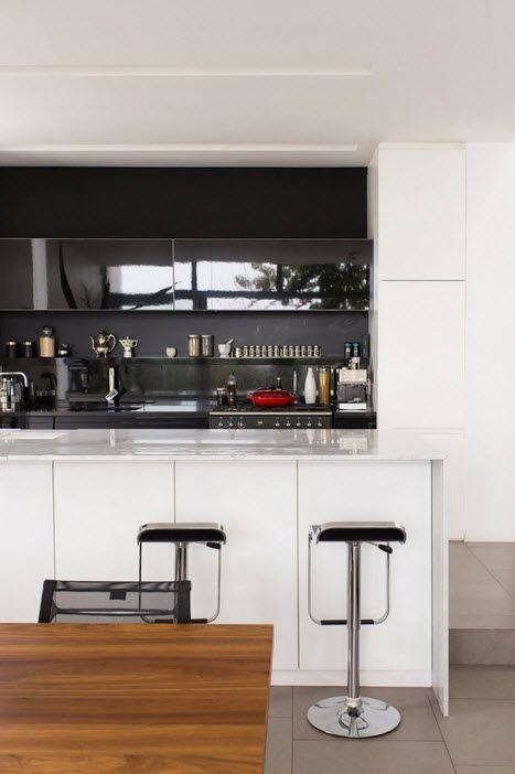 Diseño de casa angosta, fachada y diseño de interiores