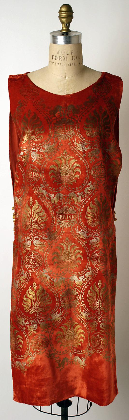 Evening Dress 1920, Italian, Made of silk