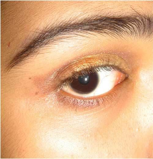 Gold for Eye Makeup