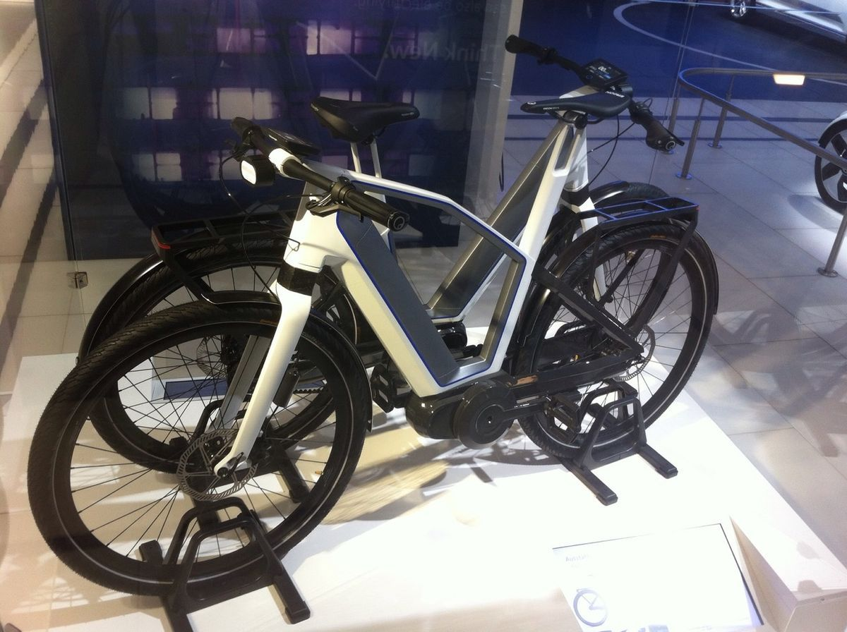 vw versteckt ebike neuentwicklung cycles design. Black Bedroom Furniture Sets. Home Design Ideas