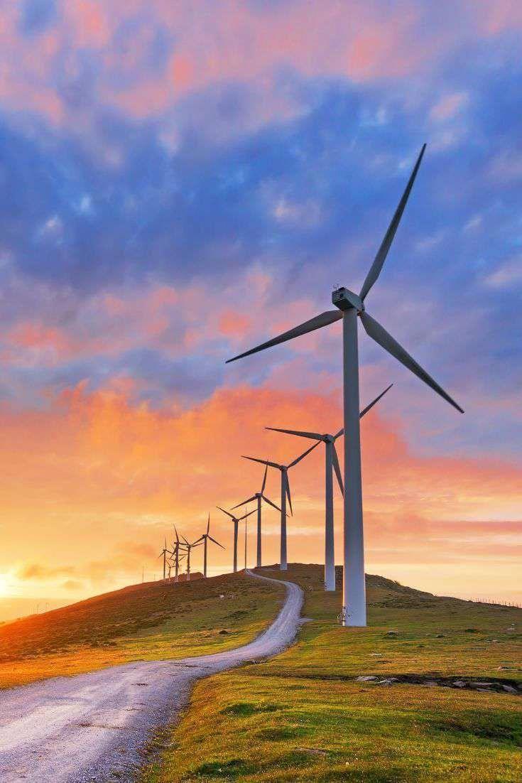 Has Empezado A Ver Decenas De Ofertas En Busca De Tecnicos De Mantenimiento De Aerogeneradores Conoce In 2020 Renewable Energy Solar Energy Types Of Renewable Energy