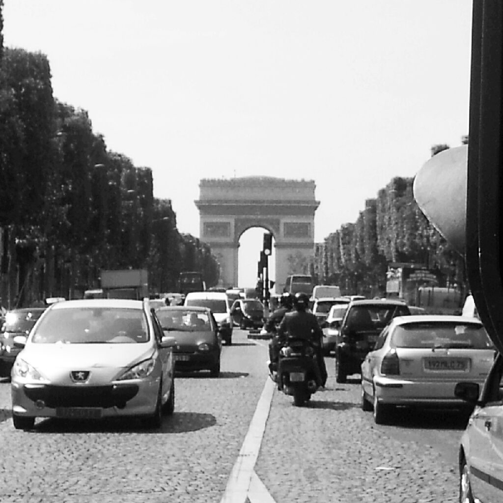 Arc de Triomphe and Champs-Elysées (With images ...