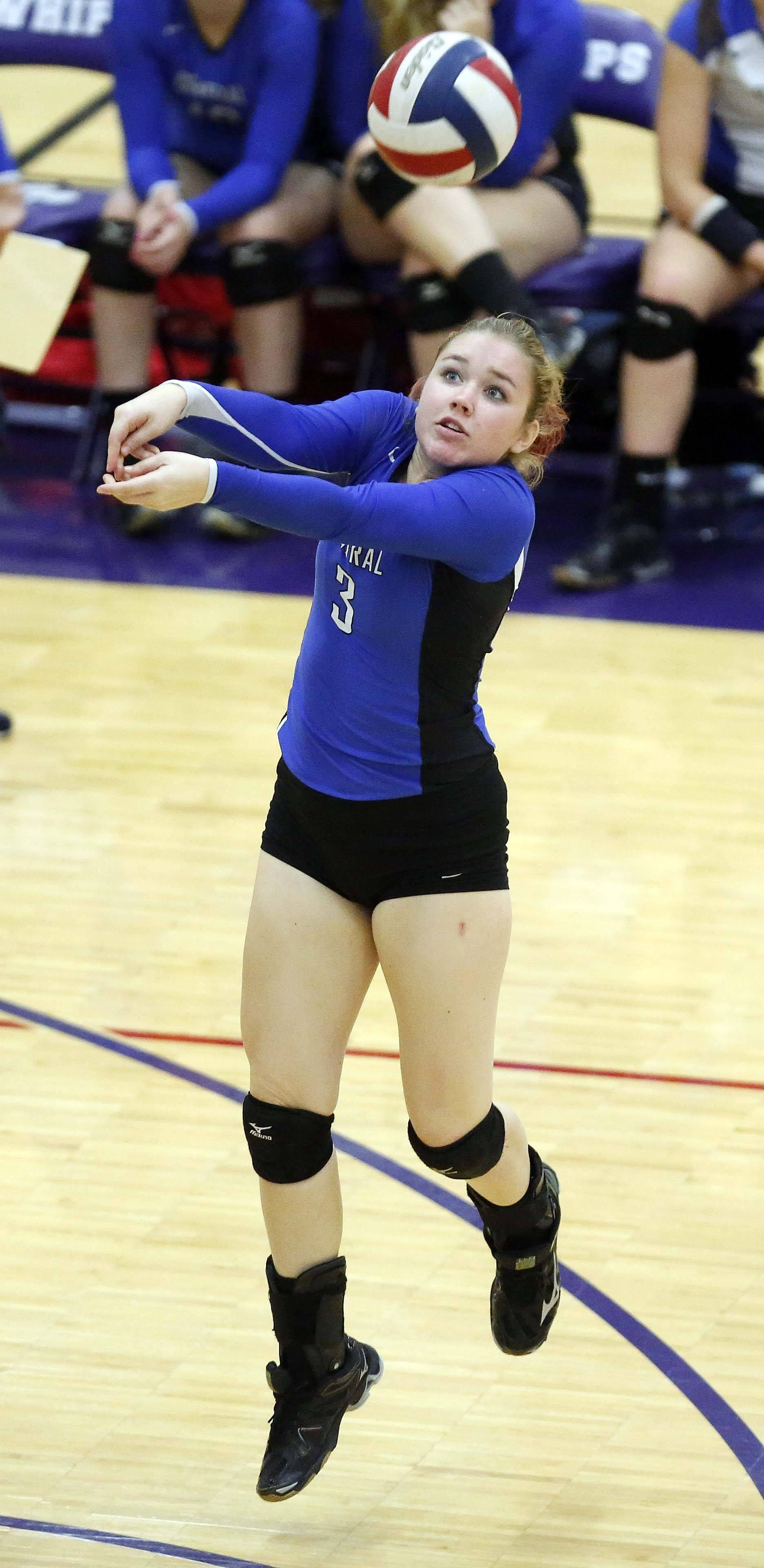 Burlington Central Repeats Title At Hampshire Prep Sports Sports Images Volleyball Tournaments