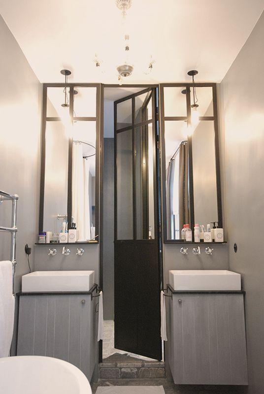 triptyque porte de douche et miroirs en m tal les. Black Bedroom Furniture Sets. Home Design Ideas
