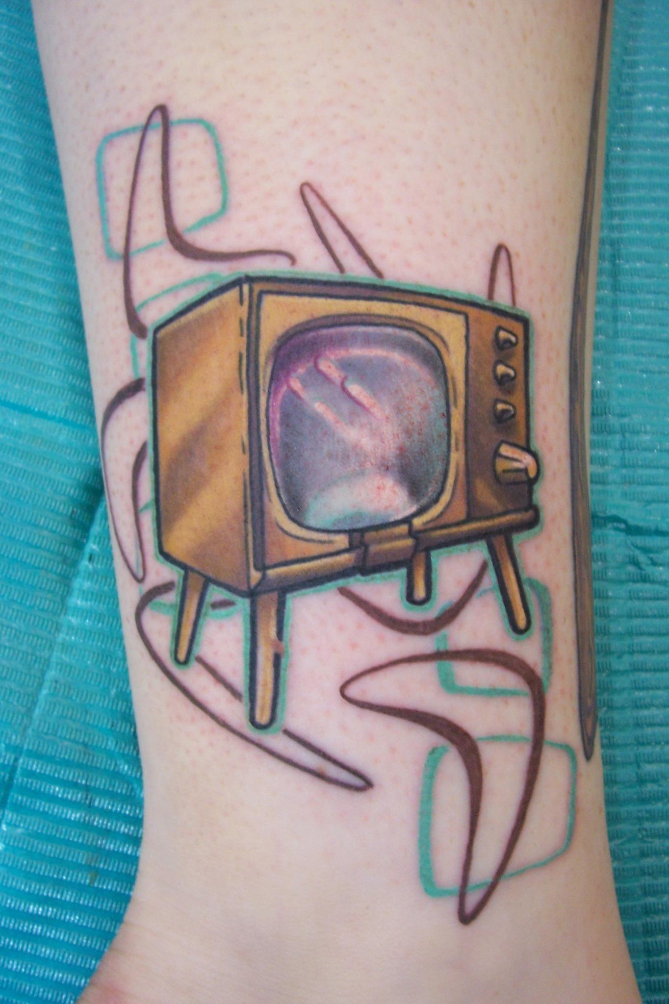 Retro TV Set tattoo by Eliaz McMillan at Refuge Tattoo, Fort Collins ...