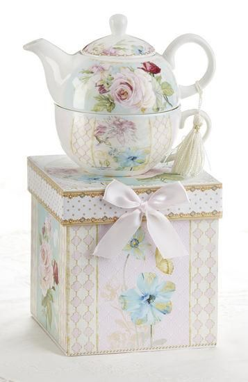 Gift Boxed Porcelain Tea For One - Green Pink Rose - Roses And Teacups