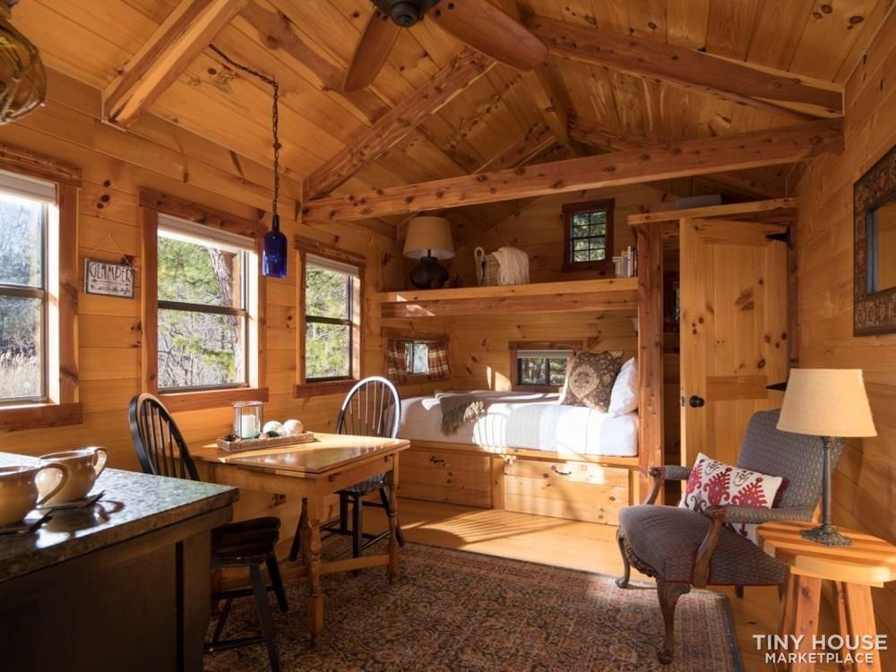 Amish Built Tiny Log Cabin For Sale Tiny Log Cabins Log Cabins For Sale Cabins For Sale