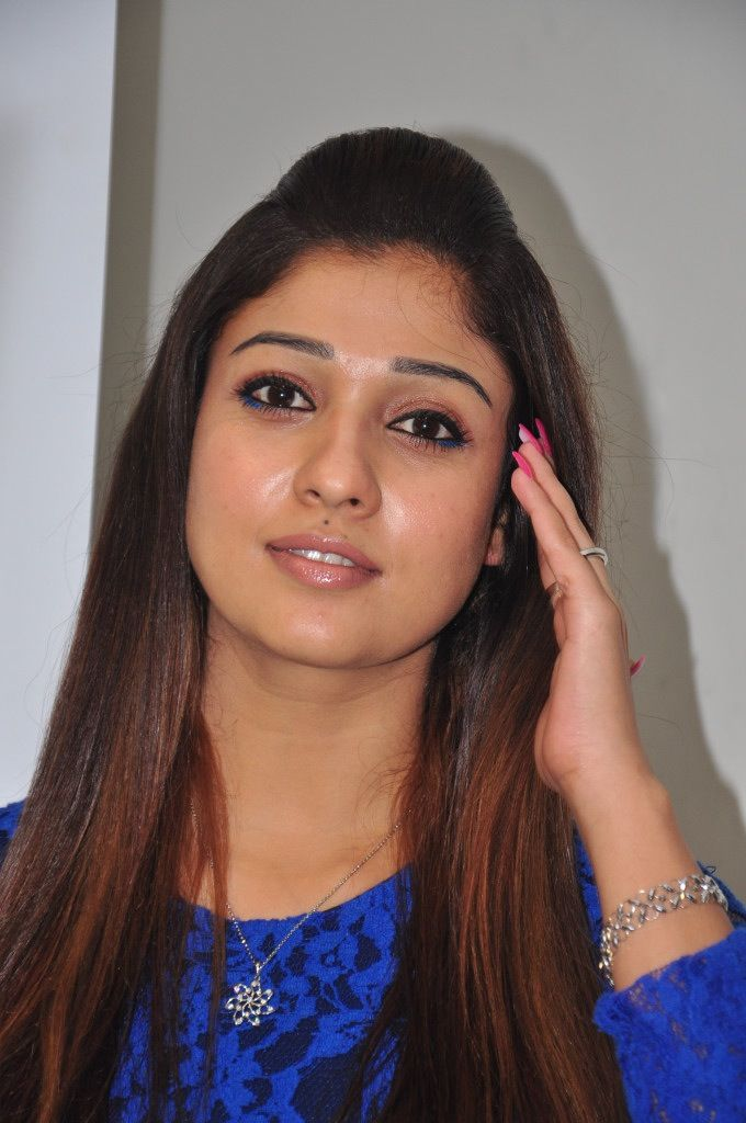 Only nayanthara very sexy nudes