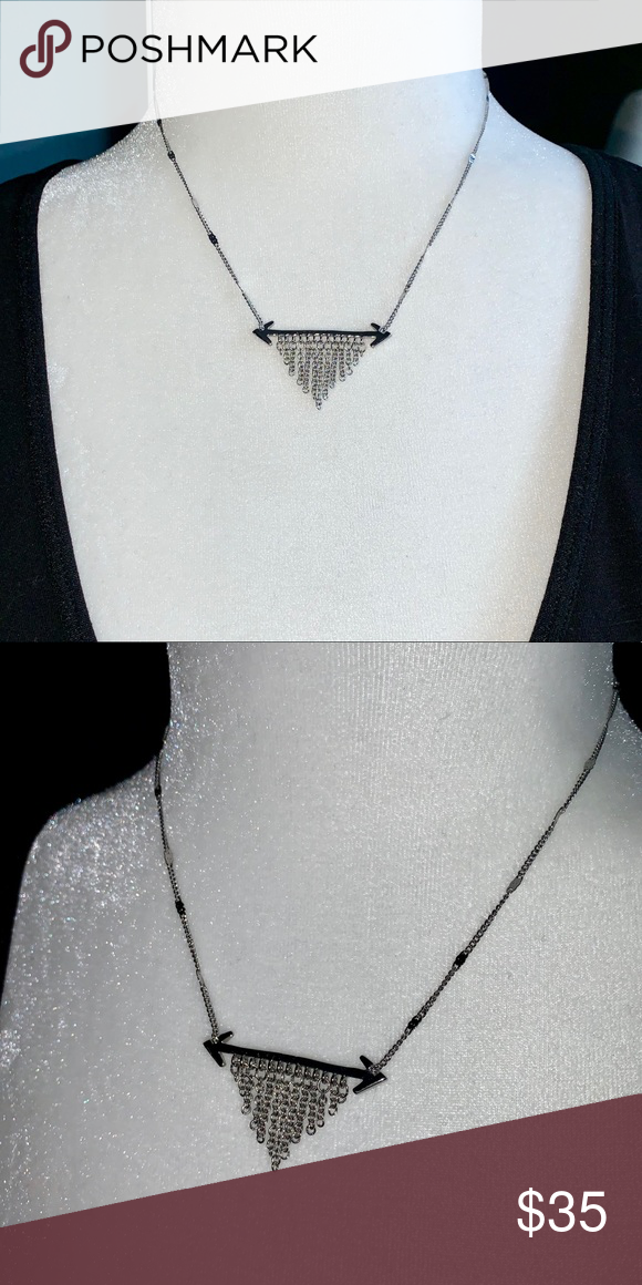 Double Arrow Sterling Silver Necklace Lk New Double Arrow Necklace Is In Excellent Condition And Can Be Worn Sterling Silver Necklaces Silver Necklace Necklace