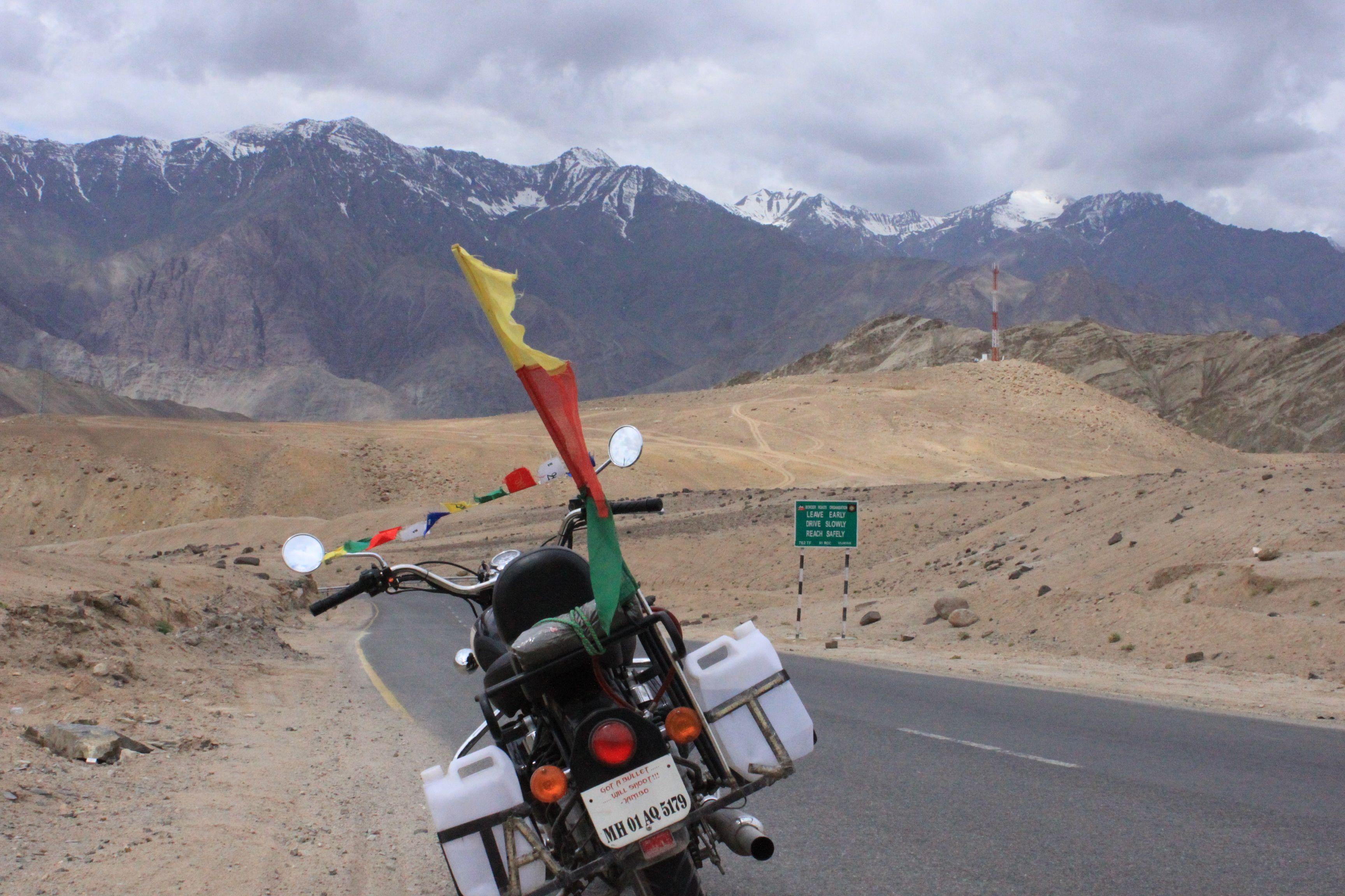 Manali To Leh Bike Trip From Delhi 2020 Bike Trips Leh Ladakh