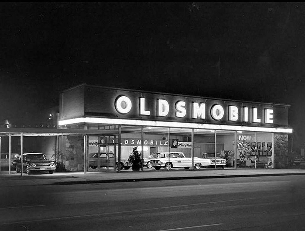 Jim Chester S Garage Car Showroom Oldsmobile Classic Cars Trucks