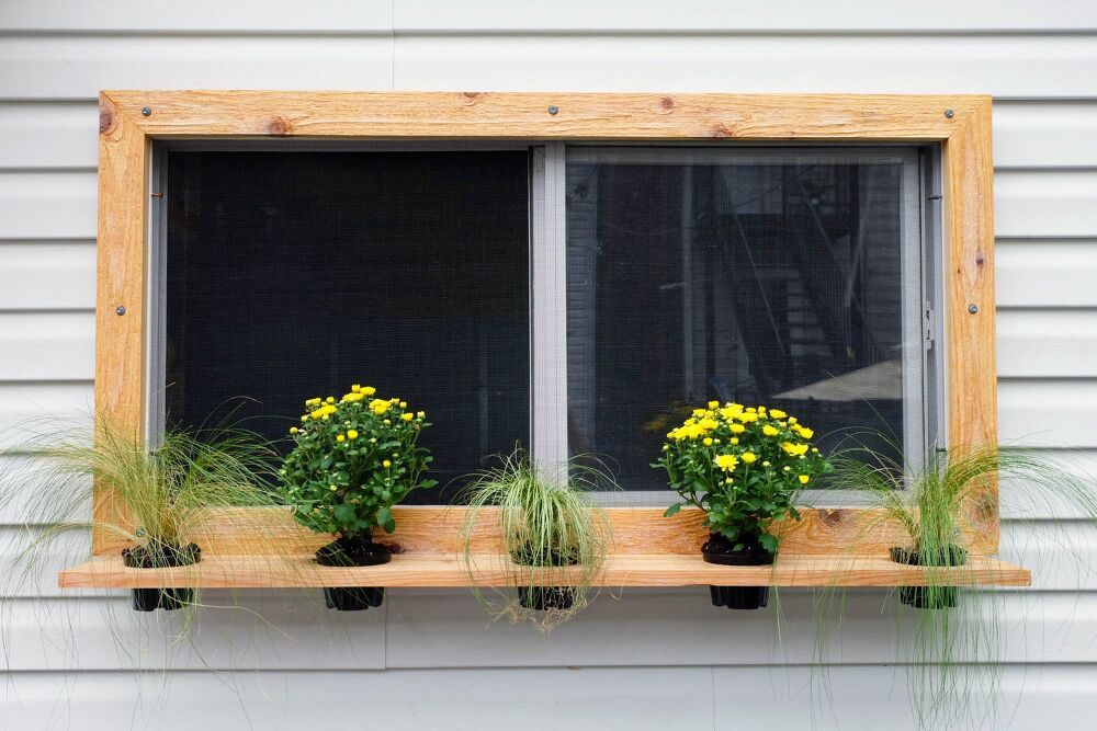 Check out these easy and cheap ideas to increase your curb appeal and make your front windows look g