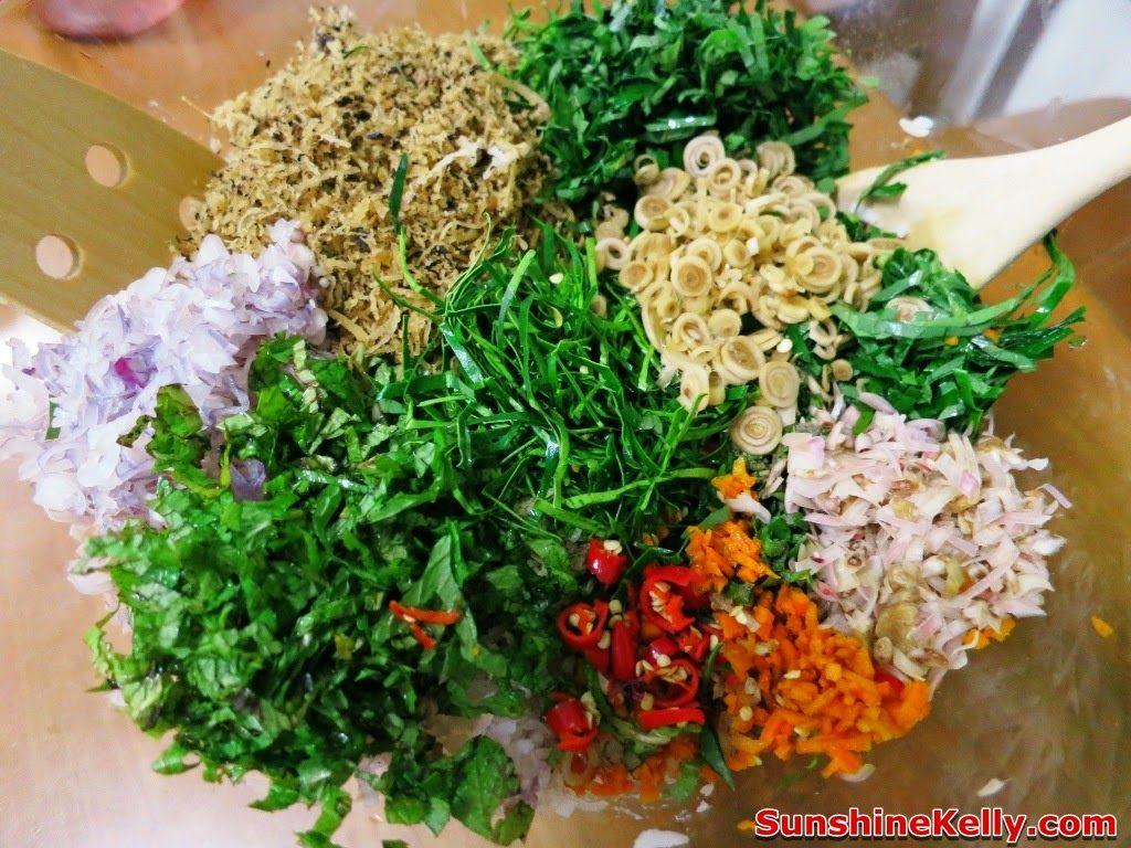 Nasi Ulam Nyonya Nyonya Herbs Rice Recipe For House Warming Gathering Herb Rice Recipe Nyonya Food Nasi Kerabu
