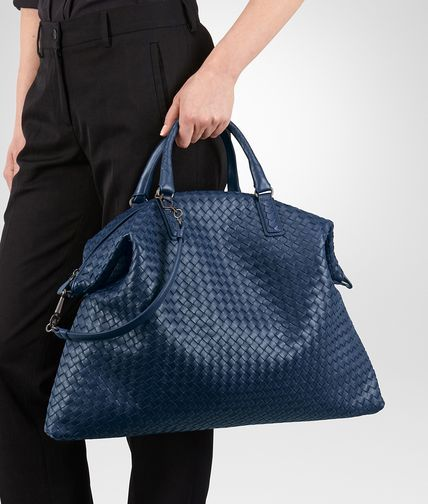 b15d0d5c3e BOTTEGA VENETA MAXI CONVERTIBLE BAG IN PACIFIC INTRECCIATO NAPPA Top Handle  Bag D ap