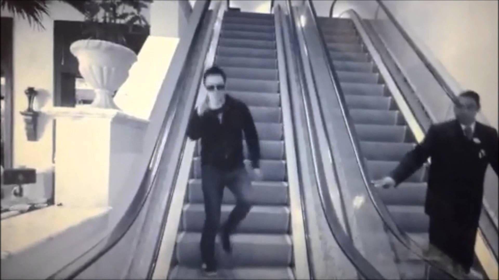 Glen Power (The Script) - Escalator Dance ;-)