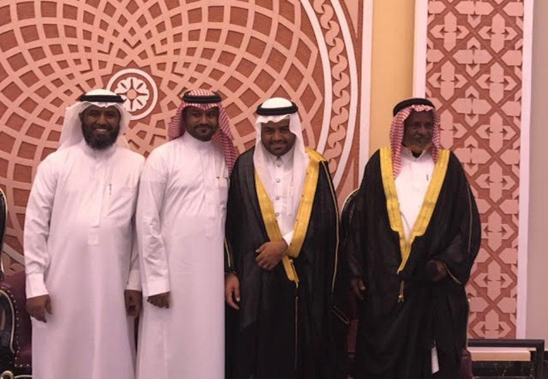 عبدالله مباركي يحتفل بزواجه ب صامطة Http Mnaspat Com 4707 مناسبات Fashion Nun Dress Academic Dress