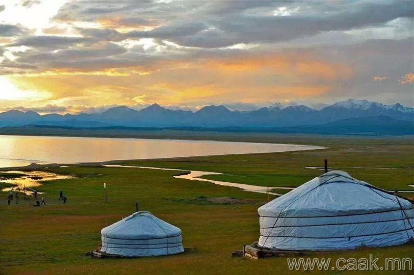 my country mongolia In 1990, mongolia abandoned its 70-year-old soviet-style one-party system in  favour of political and economic reforms and multiparty elections.