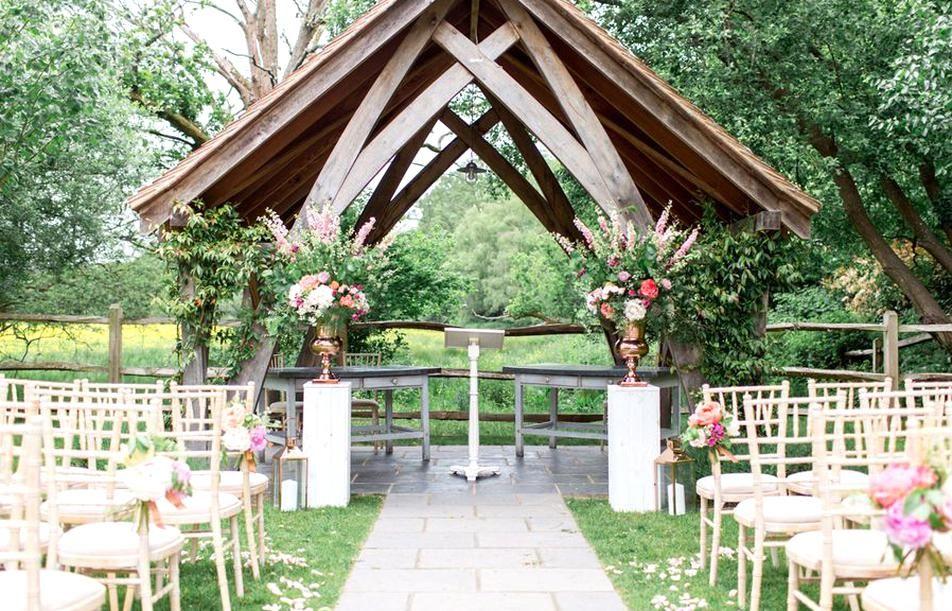 Bright And Elegant Summer Wedding At Millbridge Court Outdoor Summer Wedding Ceremon In 2020 Summer Wedding Outdoor Wedding Inspiration Summer Summer Wedding Ceremony
