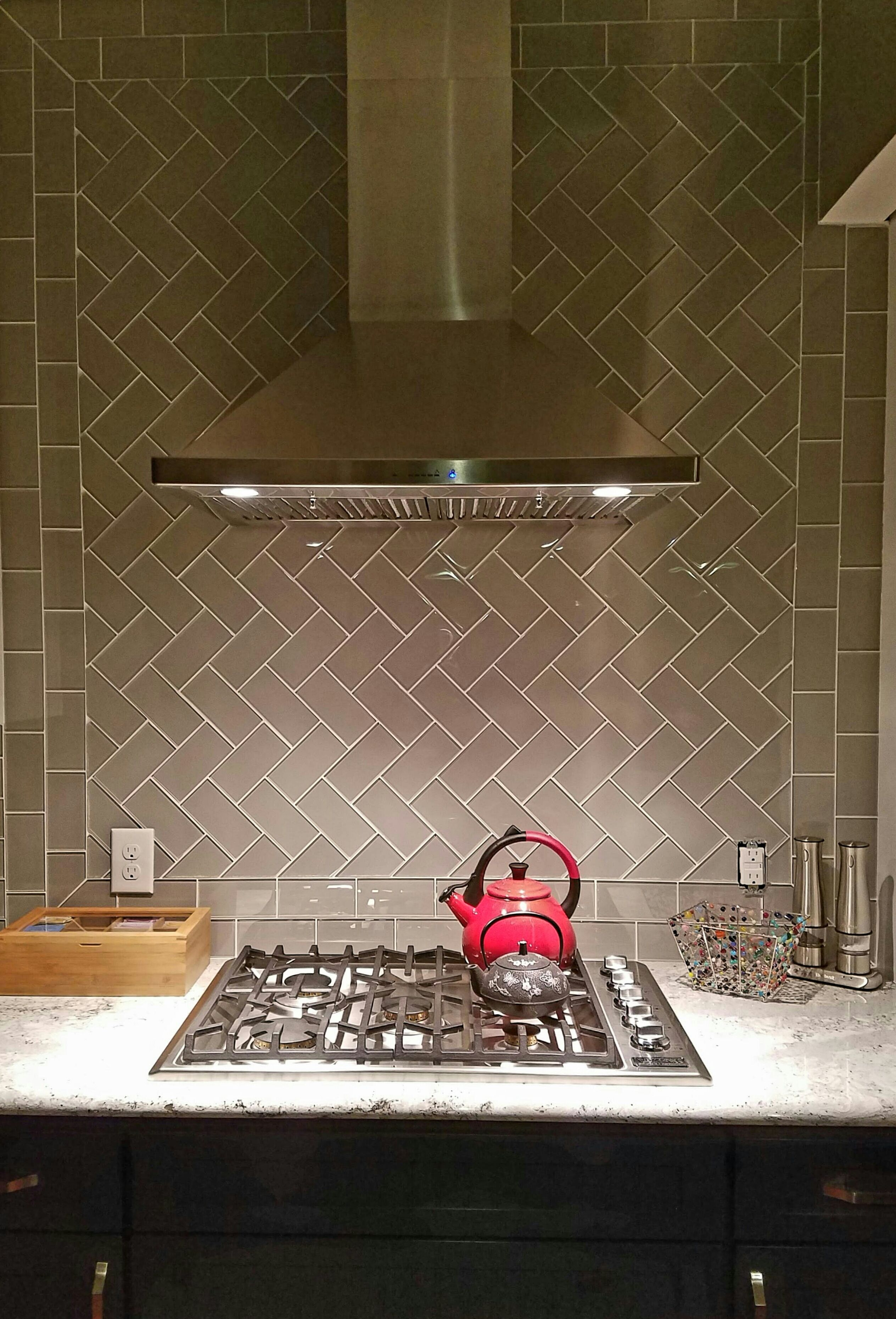 herringbone backsplash kitchen tiles