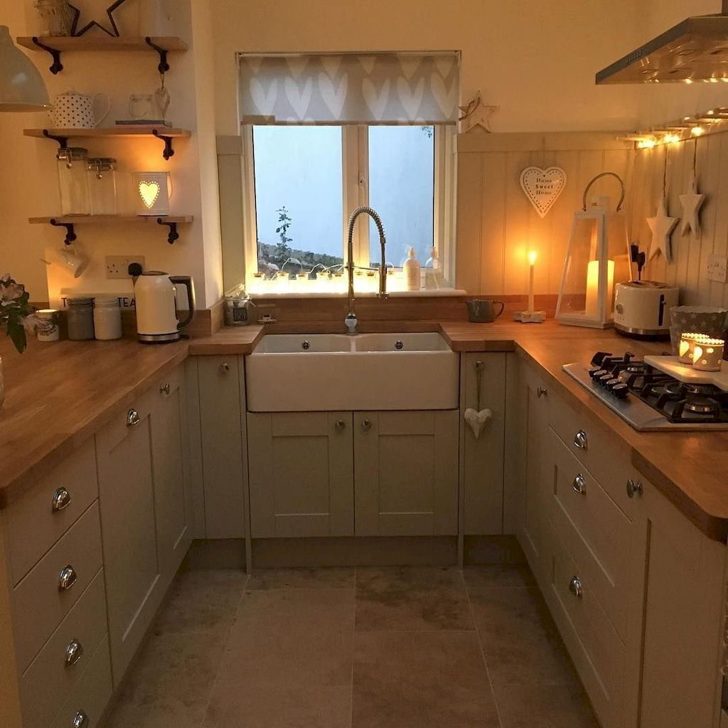 35 Farmhouse Kitchen Remodel Ideas #smallkitchendecor