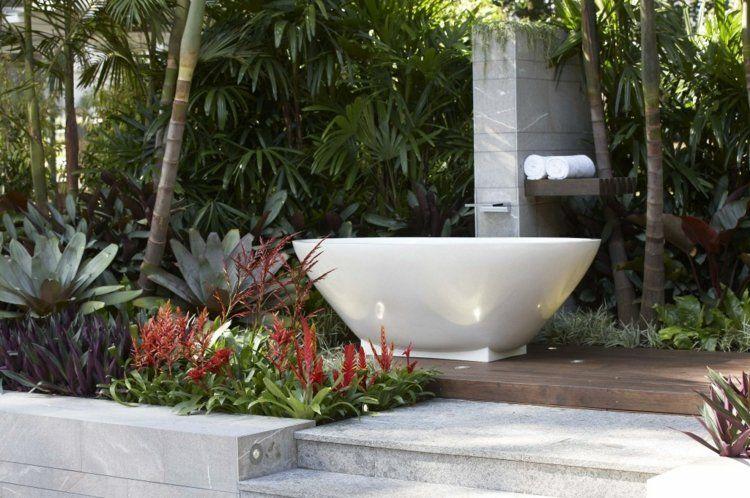 Decoration Jardin Avec Graminees D Ornement Arbres Et Pierres