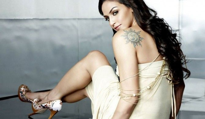 Esha Deol Hot and Sexy Photos  | Esha Deol Bollywood Actress