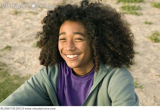 Mixed Race Boy Curly Hair 3 Cheveux Frises Cheveux Cheveux Long