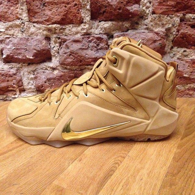 wholesale dealer 346c5 fe9ba The Nike LeBron 12 EXT Wheat